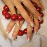 3 самые эффективные процедуры для укрепления ногтей