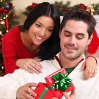 Что можно подарить мужу на новый год